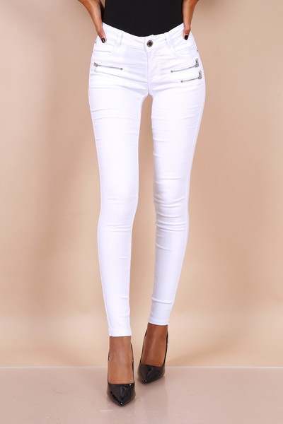 Remi Skinnies in White